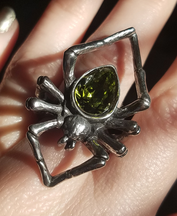 Alchemy Gothic Emerald Venom Ring Spider, Choose your Size