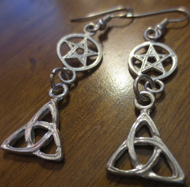 Witchs Triquetra Celtic Pentagram Silver Earrings