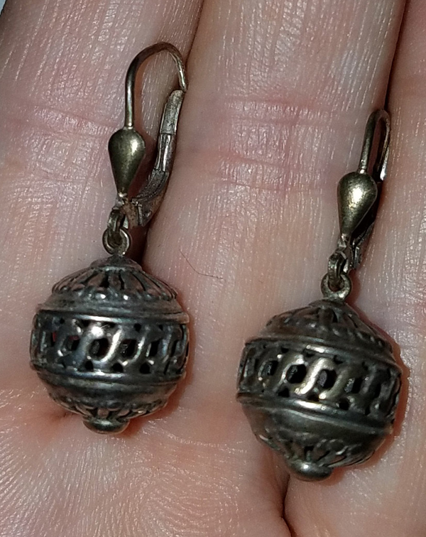 Vintage Bali Sterling Silver Ball Drop Dangle Earrings Bohemian
