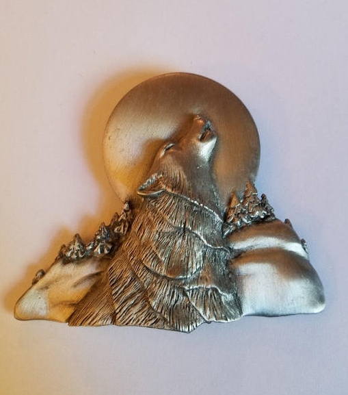 Vintage Pewter Wolf Howling at the Moon Pin J J Jonette, Limited Edition