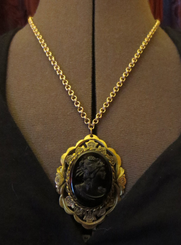 Vintage Black Glass Cameo Renaissance Woman Pendant Necklace