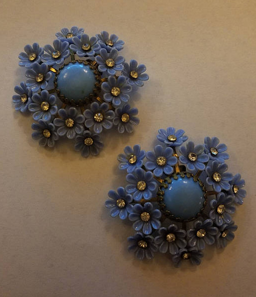 Vintage 1950's Large Blue Plastic Diamante Clip on Flower Earrings
