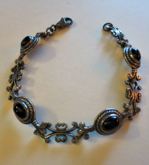 Vintage Sterling Silver Black Onyx Stones Bracelet 7 inches