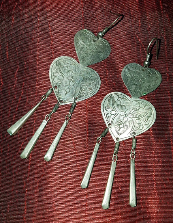 Vintage Pewter Etched Large Heart Earrings Bohemian Gypsy
