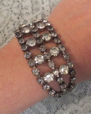 Vintage 1950's Rhinestone Bracelet Glamorous Sparkling