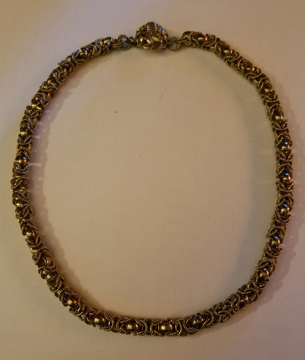 Vintage 1950's Gold Tone Choker Necklace Decorative Clasp