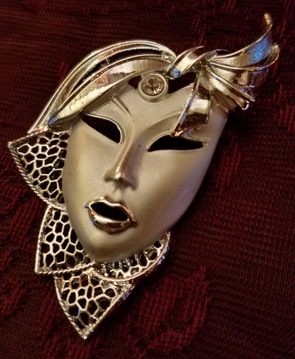 Vintage Silvertone Lady Theatre Mask Brooch Pin 1960's