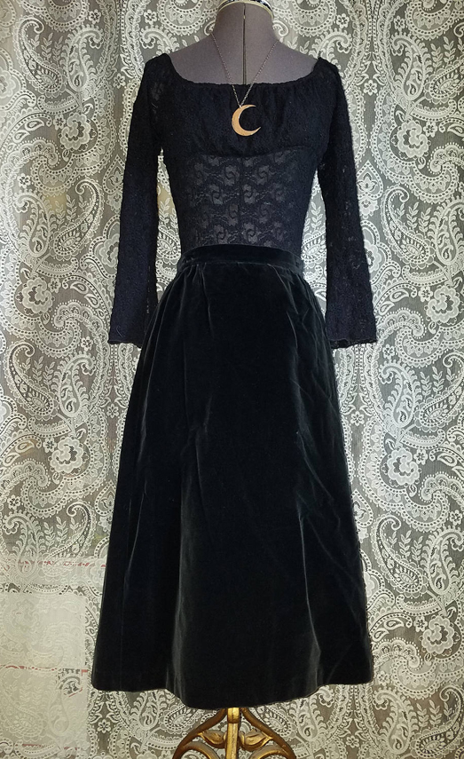 Vintage Black Velvet Skirt, Gothic Steampunk, Small Union Label