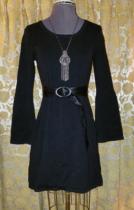 Black Above Knee Dress w/Bell Sleeves Small