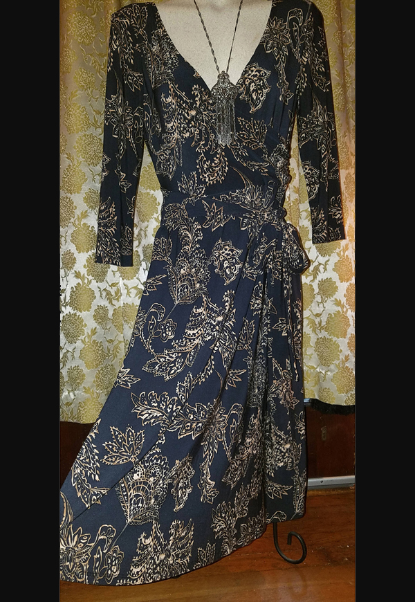 Vintage Black Paisley Floral Wrap Dress, Fitted Plunging Neckline, Gothic Witchy Medium Large