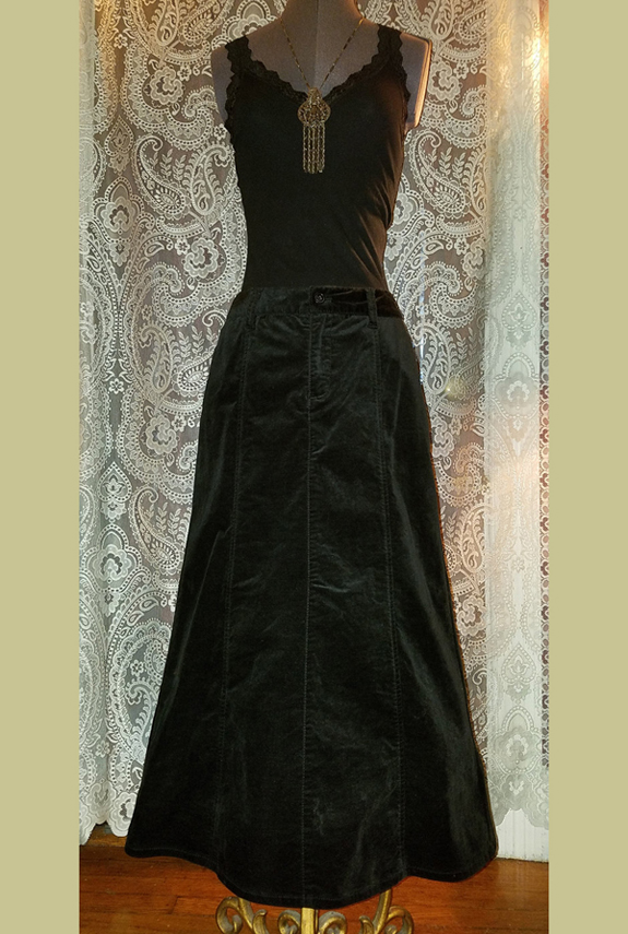 Floor Length Black Velvet Skirt, Gothic Witchy Steampunk, Medium