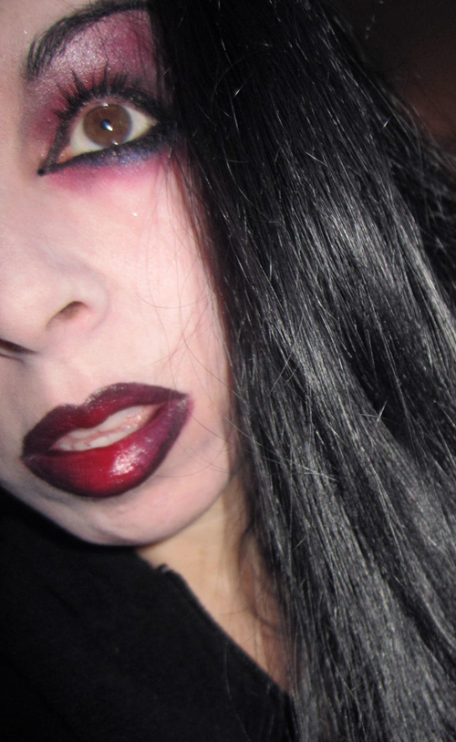 Bloody Mary Vampire Blood Red Eye Shadow